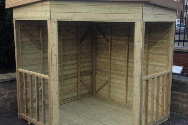 corner shelter